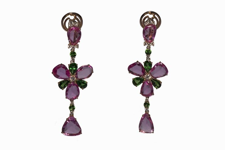 Earrings in rose gold 18Kt with natural pink sapphires, tsavorites and white diamonds.