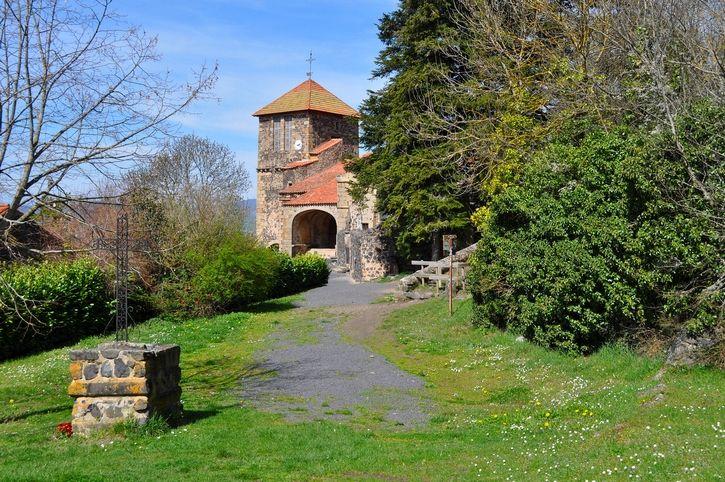 1h11 Usson | Les plus beaux villages de France - Site officiel