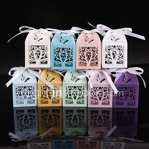 50pcs/lots Love Tree and 3D Butterfly Wedding Favors Box Party Favors Candy Box Gift Box Party Supplies 2017 - £12.17