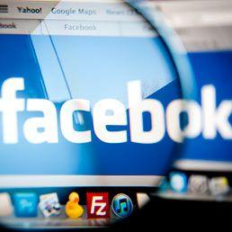 #FB fa concorrenza a #LinkedIn