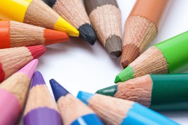 Mi mindent tudsz kihozni egy egyszerű körből? Rajzos feladvány nagyovisoknak, kisiskolásoknak. A felnőttek is tesztelhetik a képzelőerejüket