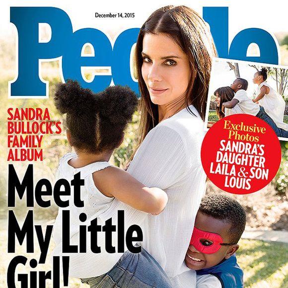 Sandra Bullock a adopté un deuxième enfant-  La rumeur circulait depuis un bon moment et c'est maintenant confirmé. Dans une entrevue accordée au magazine People,Sandra Bullock présente au monde sa fille, la petite Laila. La mignonne poucinette a trois ans et demi et a été adoptée en Louisianne où elle était en famille d'accueil. Il s'agit de la deuxième adoption de maman Sandra puisqu'elle avait annoncé la venu de son fils Louis (le super-héros sur la photo) en 2010.