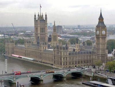 Catatan Traveling: 10 Landmark dan Tempat Wisata Utama di London, Ing...