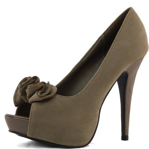 Qupid Women`s Nydia-13 Peep Toe Sandals