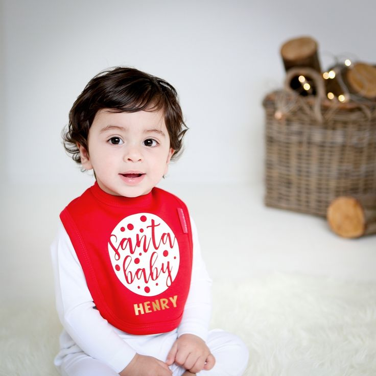 Santa Baby Bib, perfect fort a babies First Christmas. Available in Red or Pure White.