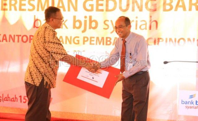 Tingkatkan UMKM, BJB Syariah Buka Kantor Cabang di Cibinong www.heibogor.com