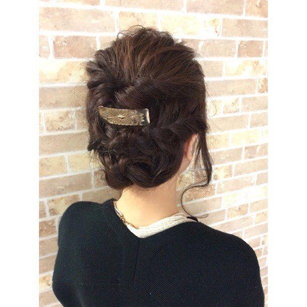 今日の朝はヘアセット祭でした #美容室#creer_for_hair #鹿児島市 鴨池ヘアアレンジ結婚式 大安 ヘアセット祭 #throwカラー グレージュブルージュベリピ