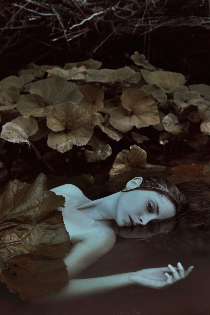 Marta Bevacqua (aka Moth Art) has mastered the art of simple portraiture. The gifted photographer captures stunning portraits of women with facial expressions so powerful, they can tell an entire story with a single gaze. Using simply her camera, a 50mm lens, and natural lighting, Marta opts to shoot organically in the moment with little planning. Each image portrays delicate, natural beauty with a quiet, emotive strength. She transports viewers to hauntingly dreamy and darkly romantic…