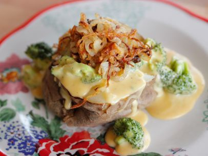 Broccoli Cheese Baked Potatoes - Meatless Marvels