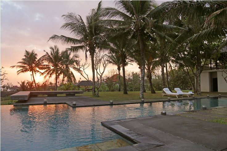 Villa Lalang | 4 bedrooms | Ocean front villa in Tabanan #privateoceanfrontvilla #weddingvenue