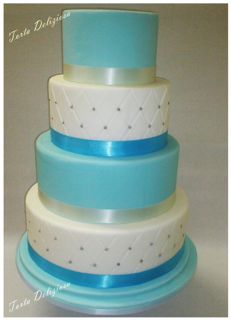 Bruidstaart blauw met wit 4 lagen