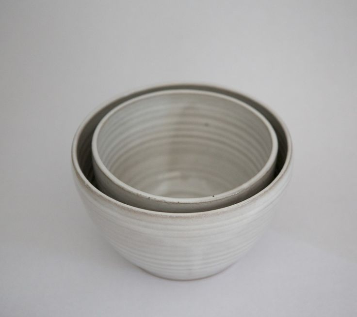 Nested Mixing Bowls & Nested Plates