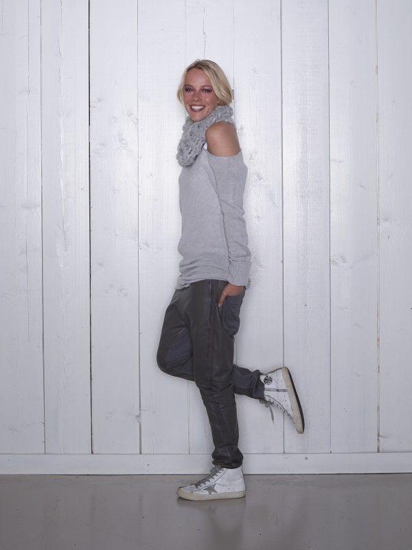 Sweater a-sym/10days.nl