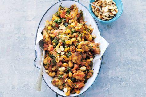 Kip met boerenkool, tomaat en witte bonen - Recept - Allerhande