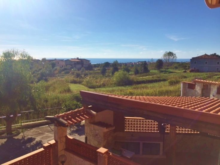 Sea-view 2-bedroom home in Calabria Ref: CLF40, Scalea, Calabria. Italian holiday homes and investment property for sale.