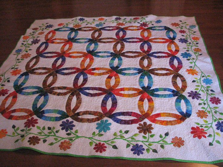 Kelsey's Double Wedding Ring Quilt