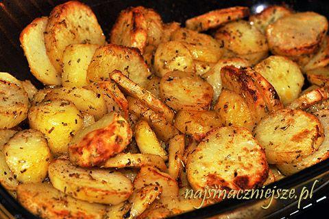 Talarki najlepiej przygotować ze świeżych ziemniaków, najlepsze są takie z własnego pola :) no ale nie każdemu jest to dane :( Ziemniaki polecam dokładnie umyć (wyszorować) i pokroić razem ze skórką. Jeżeli są to kupne ziemniaczki można zrobić tak samo, ale ja je jednak obieram. Ziemniaki zapiekane podaję najczęściej z [...]