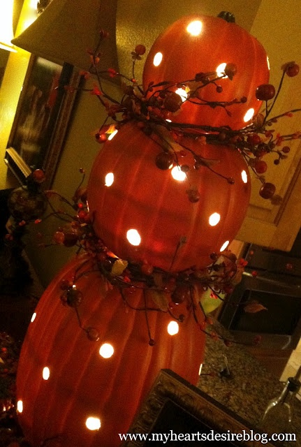 My Heart's Desire: Pumpkin Topiary with Lights -- clever, unusual, and no live pumpkins were destroyed in the process!