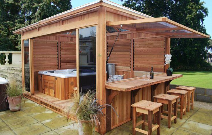 Découvrez le gazébo grand vénitien abri de spa en bois du fabricant Clair Azur. Un chalet spacieux, de qualité, resistant aux intempéries et facile monter au sol.