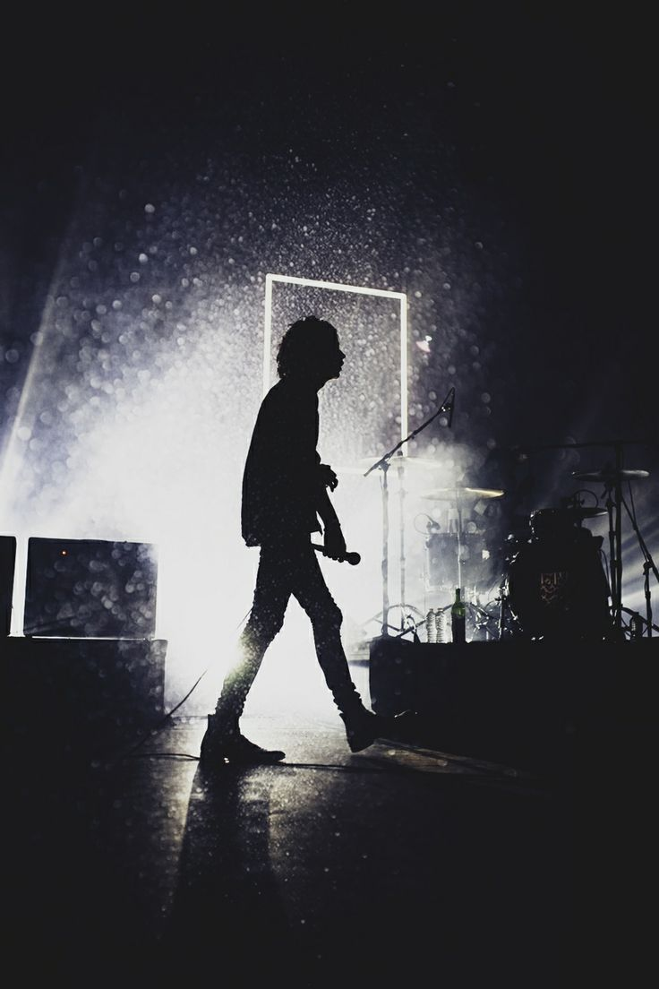 32 best The 1975 images on Pinterest | The 1975, 1975 band and ...