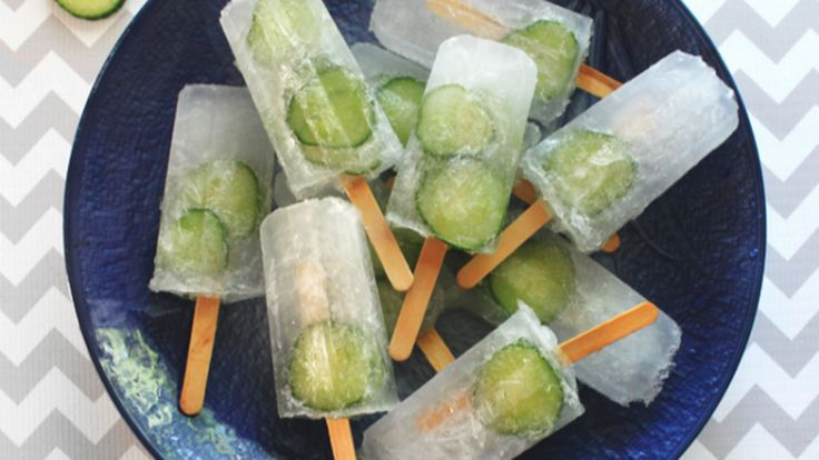 Gin and tonic prosecco ice lollies