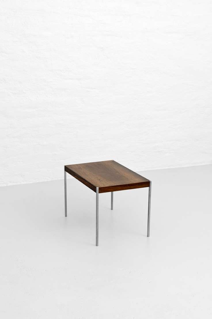 Side Table In Palisander By Östen Kristiansson Produced By Luxus, Sweden.  Midcentury Modern Furniture
