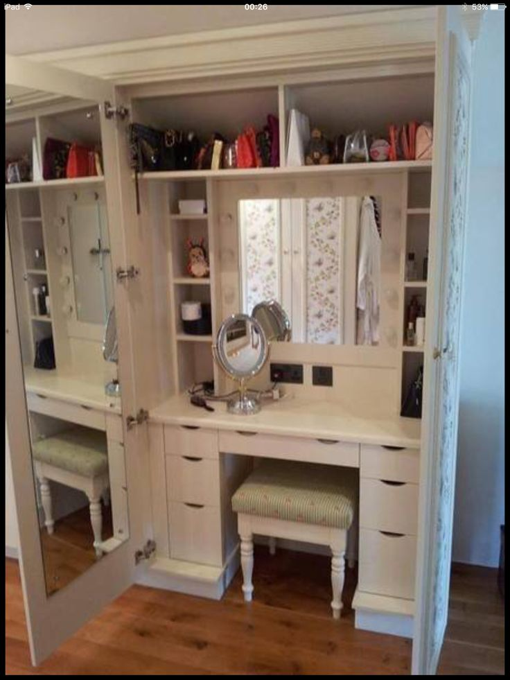 Pin By Mari Bacon On Get Organized In 2019 Built In