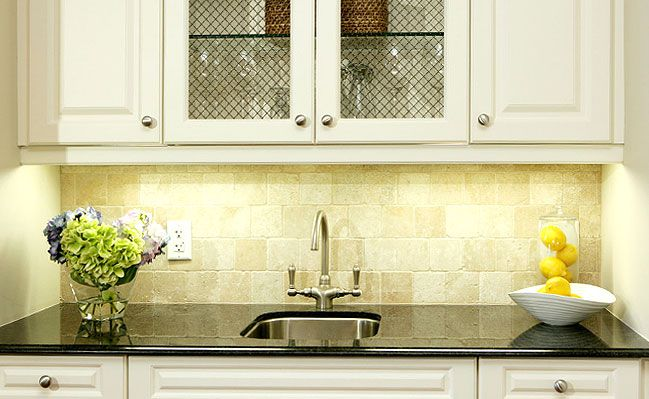 travertine tile backsplash white cabinets kitchen pinterest