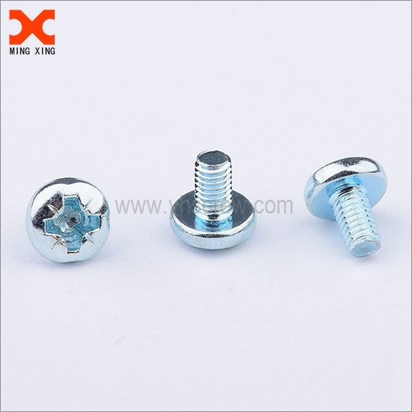 Yuhuang pozidriv pan head stainless steel fasteners sccrew wholesale. The stainless steel fasteners are made in a variety of styles and designs to help meet all your requirements. Stainless steel bolts, nuts, screws, washers are used to fight corrosion.  Yuhuang- Manufacturer, supplier and exporter of screws. Yuhuang offers a wide selection of specialized screws. Whether its