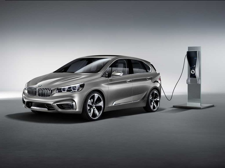 BMW Concept Active Tourer Plug-In