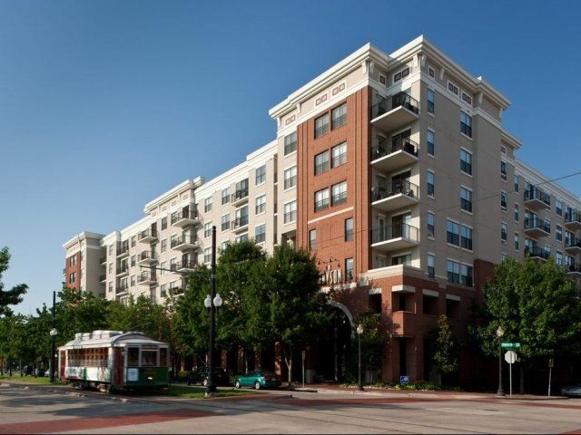 Oakwood Dallas Uptown Is Conveniently Located In The West Village  Neighborhood, Nestled Between An Array Of Shops, Restaurants And  Entertainment.