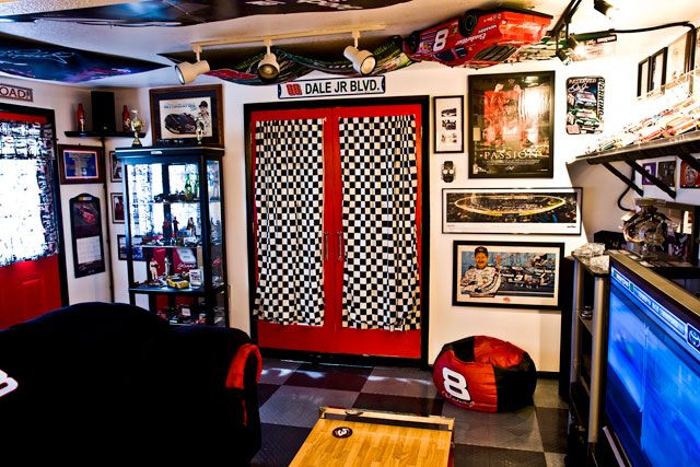 Man Cave Madness : Ideas about golf man cave on pinterest room