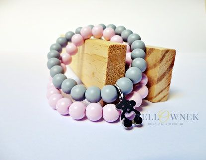 PASTEL DREAM Fashion handmade satin glass bead bracelets with a little stainless stell bear charm.  Bead size: 8mm You can order a single bracelet.