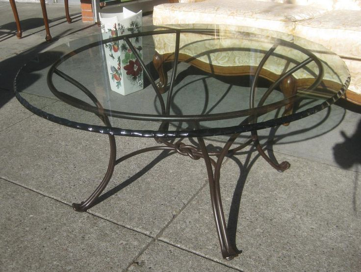 Best 25+ Round glass coffee table ideas on Pinterest ...