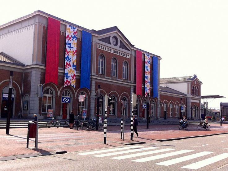 Station Dordrecht klaar voor koningsdag 2015