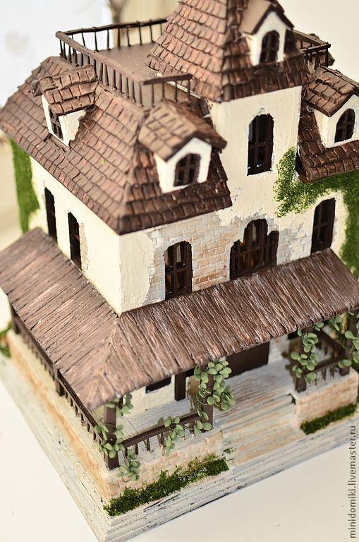 Дом с привидениями - дом,домик,интерьерная композиция,миниатюра,кукольный домик