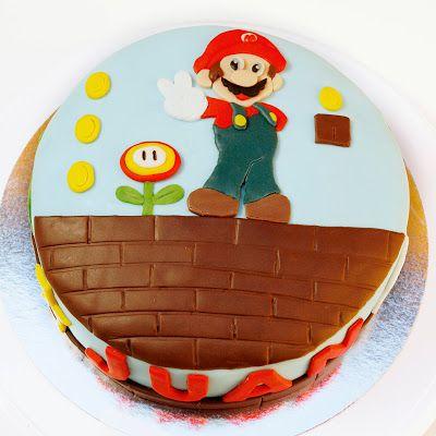 Tu medio cupcake: Tarta modelada Mario Bros #mario #bros #tarta #modelada #layer #cake #fondant