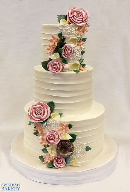 Baseball Roses Wedding Cake