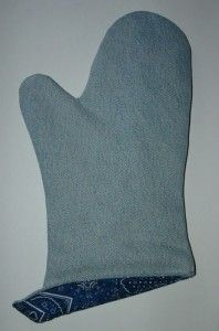 Make a Denim Oven Mitt or Potholder from Recycled Jeans
