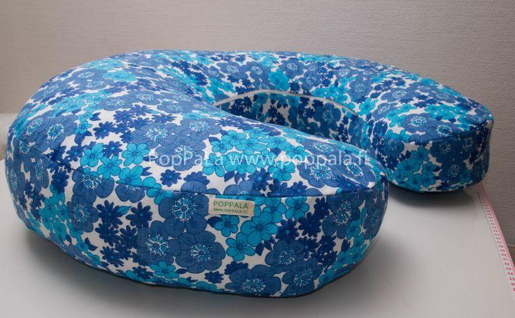 My own nursing pillow http://www.poppala.fi/?p=1046