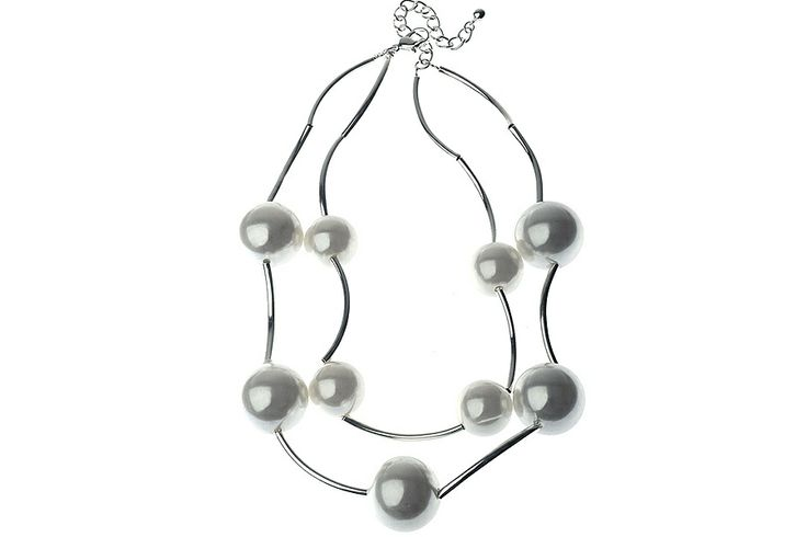 AlibiOnline - CNM455 - Necklace Pearls On Silver Chain by MAJIQUE, $39.99 (http://www.alibionline.com.au/cnm455-necklace-pearls-on-silver-chain-by-majique/)