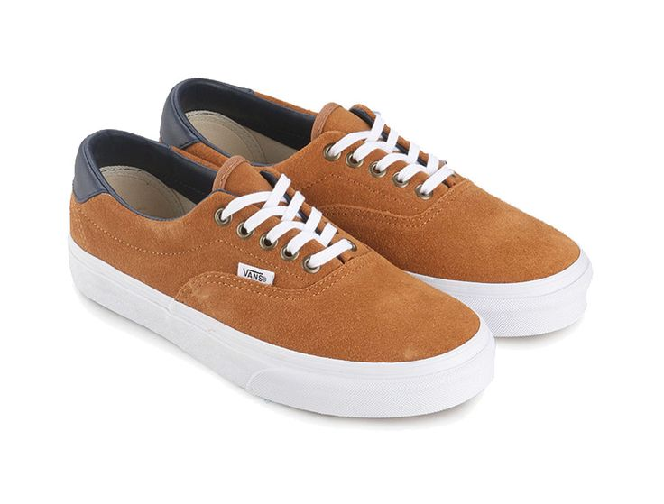 Era 59 Vans , low top lace-up skate shoe, with brown sugar color, durable double stitched canvas upper, made form  suede, leather cut accent on the back, metal eyelets, padded tongue, ans waffle signature on the sole. http://www.zocko.com/z/JJpUc