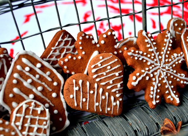 pierniczki, gingerbread cookies