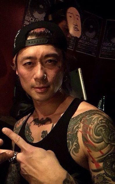 JuKen bass player