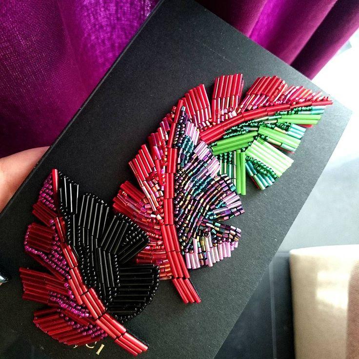 """152 Beğenme, 2 Yorum - Instagram'da Екатерина Design & Beading (@missis_march): """"Изначально брошь листик был создан в пару к тукану, но сейчас вижу, что эти листики самодостаточны…"""""""