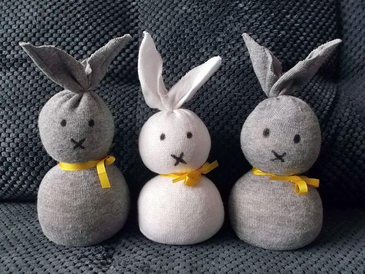 Velikonoční ponožkový zajíček