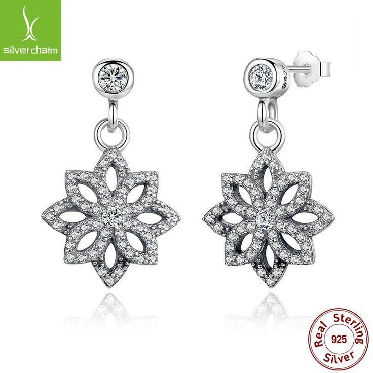 Hot Sale 925 Sterling Silver Snowflake Stud Earrings With Clear CZ For Women Original Authentic Jewelry Gift www.bernysjewels.com #bernysjewels #jewels #jewelry #nice #bags