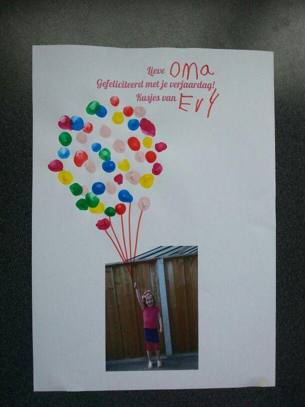 Foto met ballonnen gemaakt van vingerafdrukken