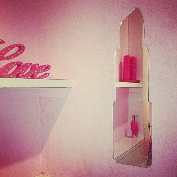Lipstick mirror<3