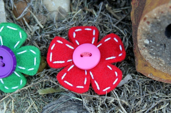 Super cute flower hair clip from Lula Rose Etsy shop!